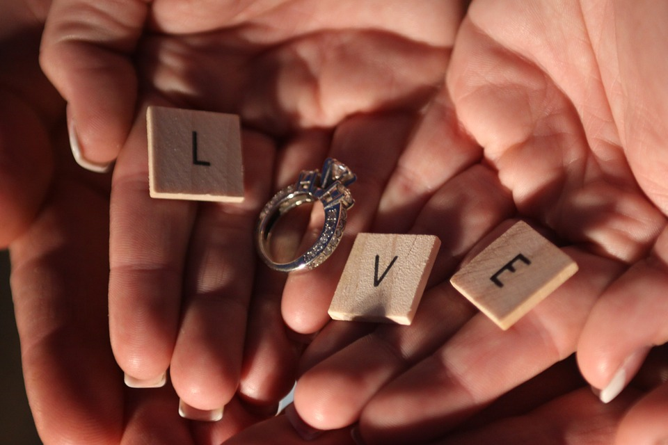 Ready to Pop the Question? Here Are Some Engagement Ring Budget Tips